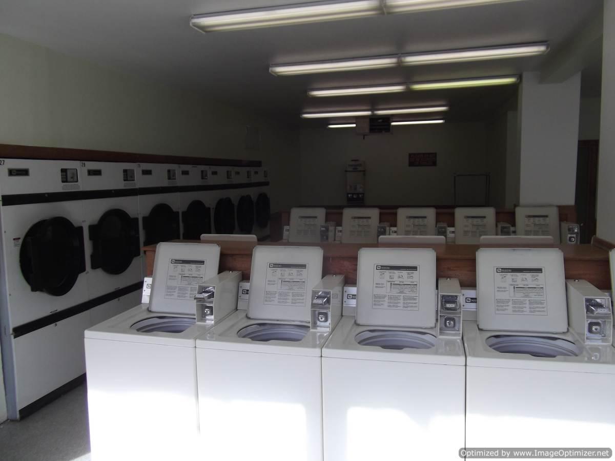 find women near me laundry