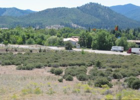 Yreka-interstate-5-exit-commercial-land-2