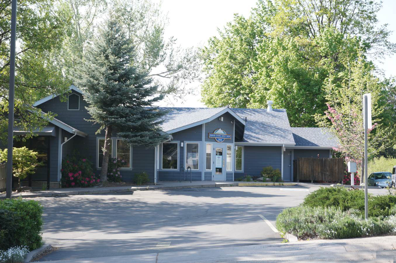 Commercial Property Mt Shasta