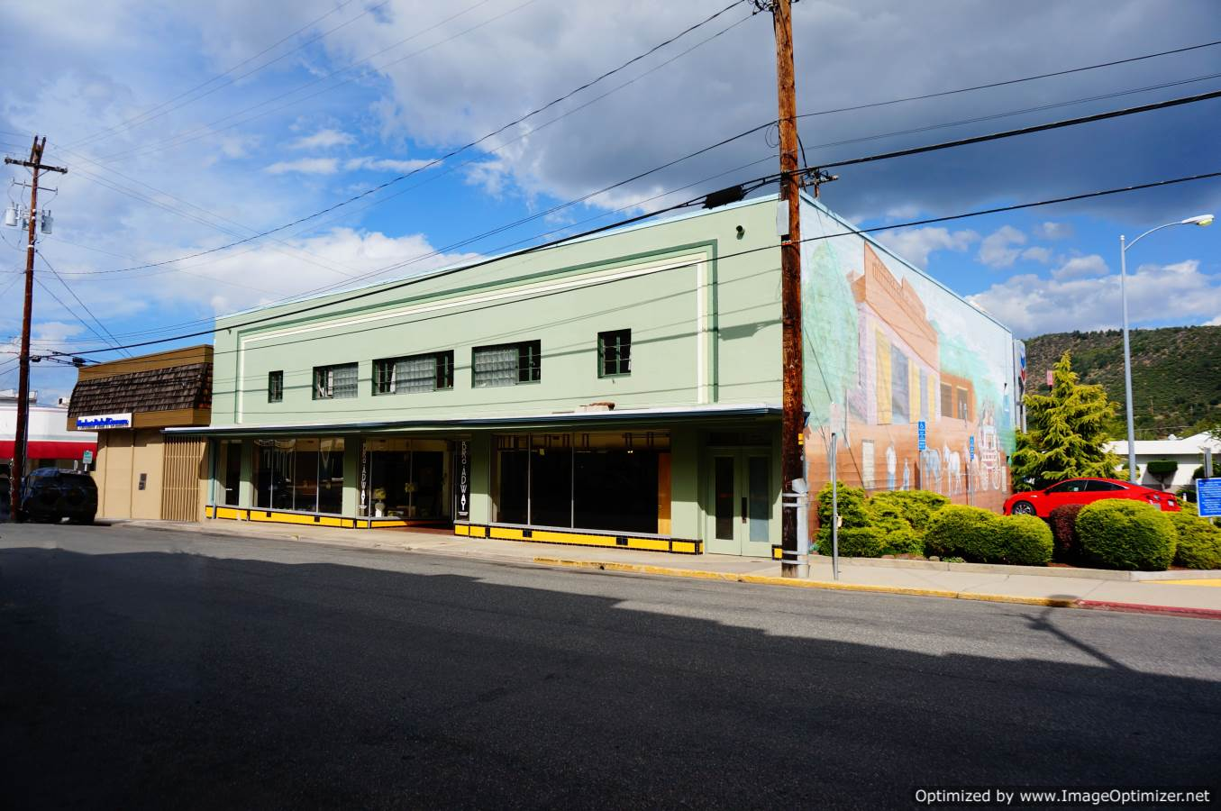 Yreka Ca Downtown Commercial Bldg For Sale 204 S